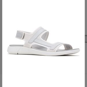 🆕 Hush Puppies Gray Rafter Sandals